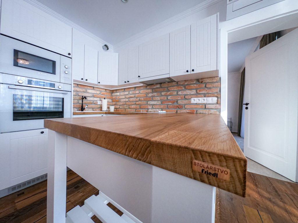 Dvojizbový byt (exkluzívny)na prenájom, novostavba Vráble